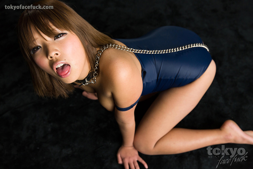 Wet young deepthroat japanese mouth